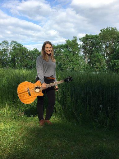 Magdalena Rabuser erföffnet am Festival-Freitag